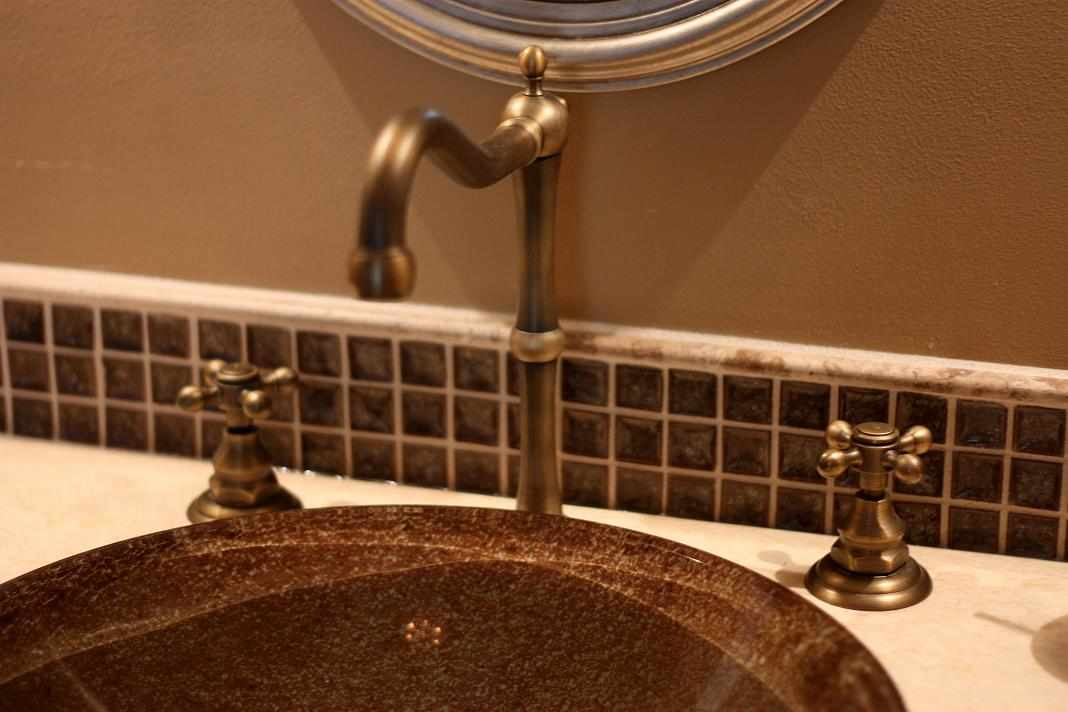 Close-up Bath Faucet - JWConstructionandDesign.com | Chicago area bathroom remodeling