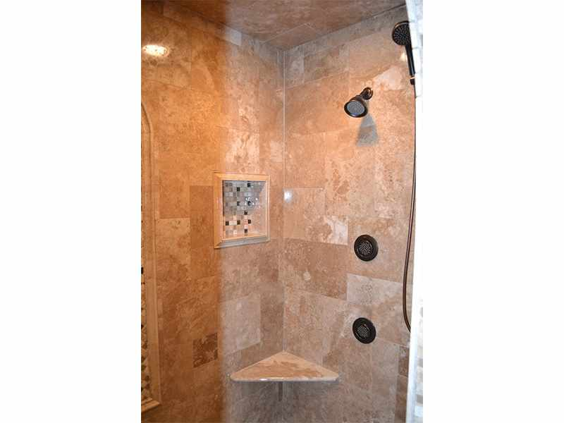 Body Jets in a Naperville, IL Bathroom - JW Construction & Design Studio Services